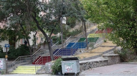 Boyalı merdivnler-5