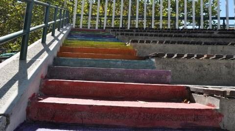 Boyalı merdivnler-11