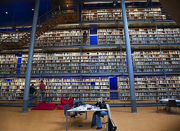 Farklı mimari konsepte sahip kütüphaneler-2