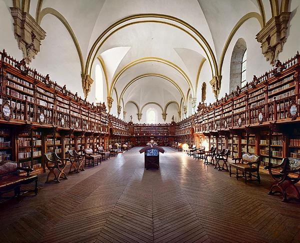 Farklı mimari konsepte sahip kütüphaneler-14
