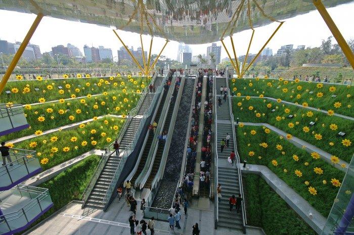 Dünyanın en güzel metro istasyonları-17