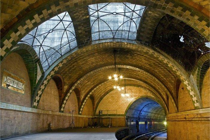 Dünyanın en güzel metro istasyonları-7