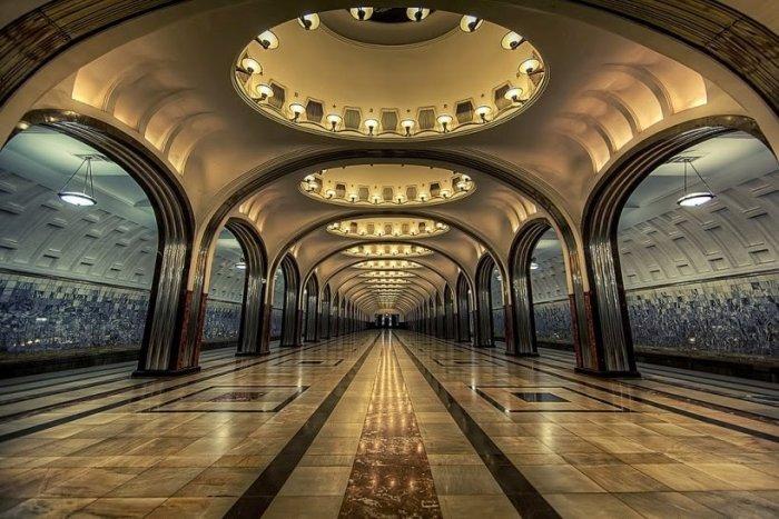 Dünyanın en güzel metro istasyonları-4