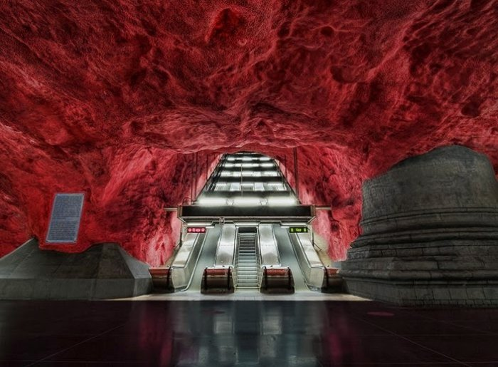 Dünyanın en güzel metro istasyonları-5
