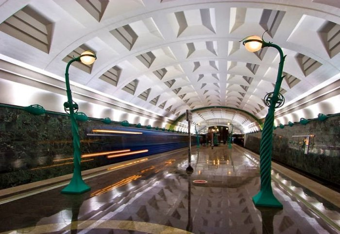 Dünyanın en güzel metro istasyonları-6