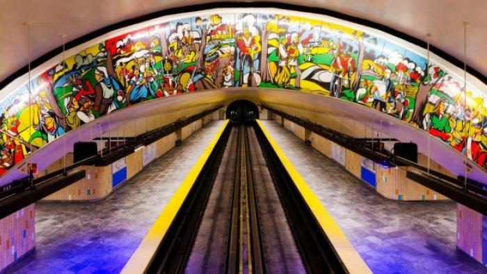 Dünyanın en güzel metro istasyonları-13