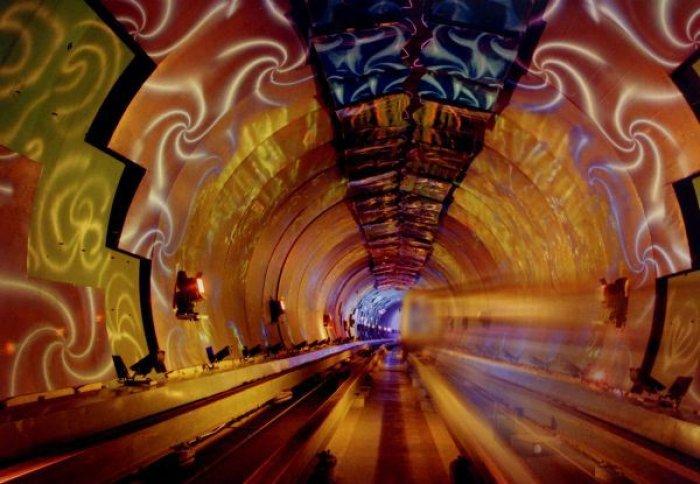 Dünyanın en güzel metro istasyonları-10