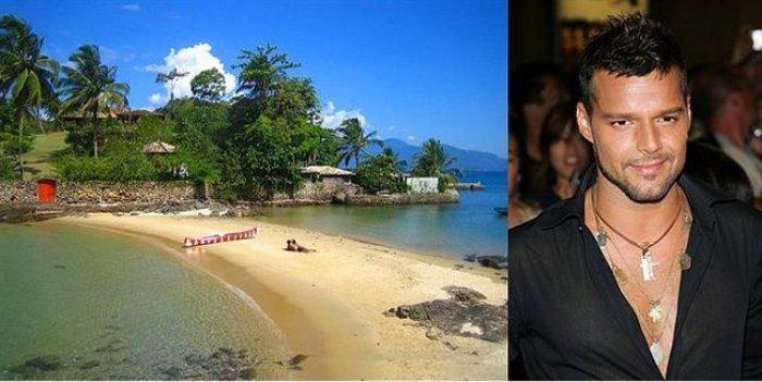 Adası Olan 15 Ünlü-13