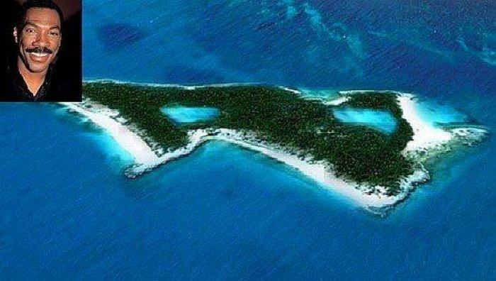 Adası Olan 15 Ünlü-14