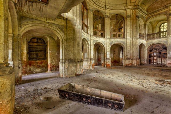 Terk edilmiş binaların sırrı: Christian Richter!-9