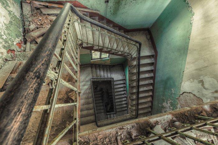 Terk edilmiş binaların sırrı: Christian Richter!-10