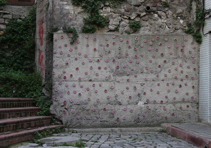 Balat'ta duvarlara çiçek açıyor!-9