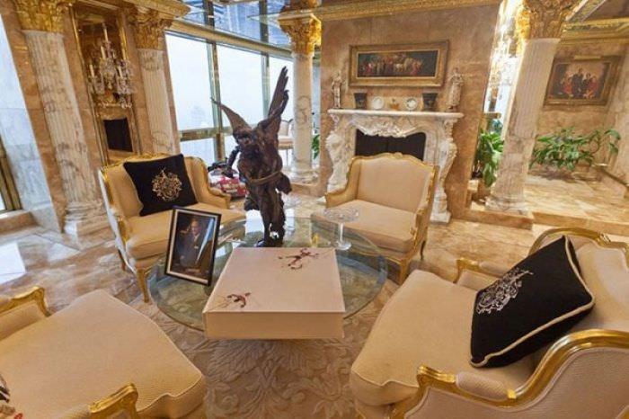 ABD'nin yeni başkanı Donald Trump'ın altın kaplama evi -15