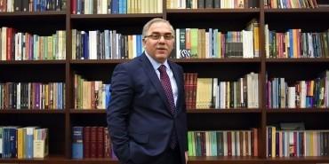 Eski TOKİ Başkanı Fatih'in Belediye Başkanı oldu