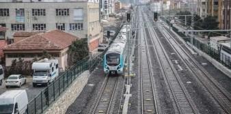 İstanbul için tarihi gün: Banliyö hatları açıldı