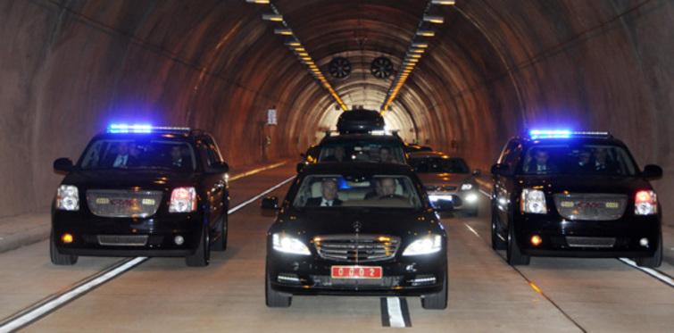 Çayırbaşı Tüneli'nden Başbakan geçti