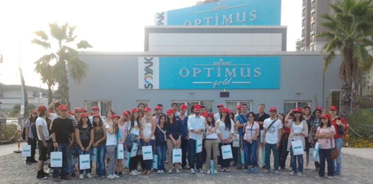Soyak, İzmir'de geleceğin mimarlarını ağırladı