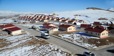Van'da 112 konut daha teslim edildi