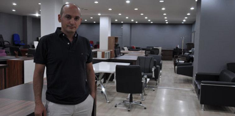 Merdivenaltı üretim ofislere de zehir saçıyor