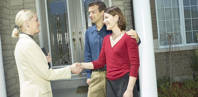 Öğrenciler ve yeni evlenenler kiralık ev taleplerini artırdı