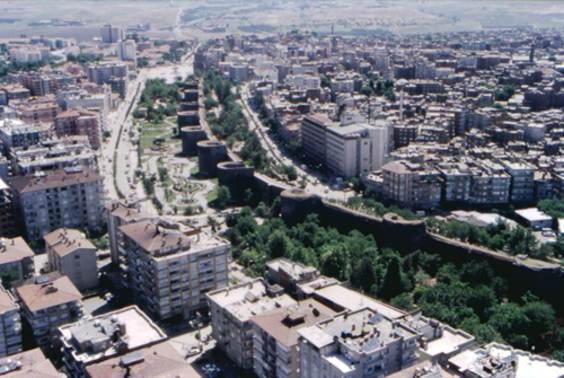Bakanlık Diyarbakır'ı dönüştürüyor