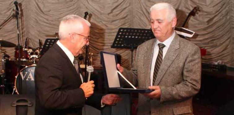 Çanakcılar Şirketler Grubuna TSF'den onur ödülü
