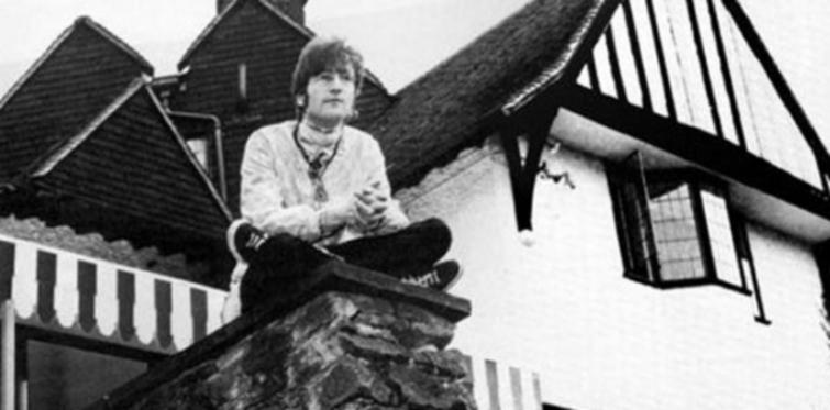 John Lennon'ın villası satılıyor