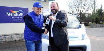 ClubCard sahibi boya ustası Fiat Fiorino kazandı