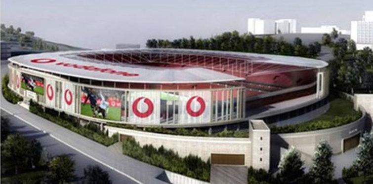 Beşiktaş Vodafone Arena'da inşaat hızla ilerliyor