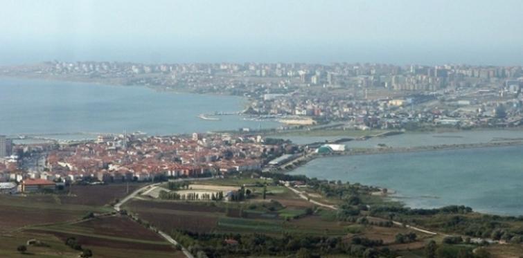 Büyükçekmece'de icradan satılık 2 villa