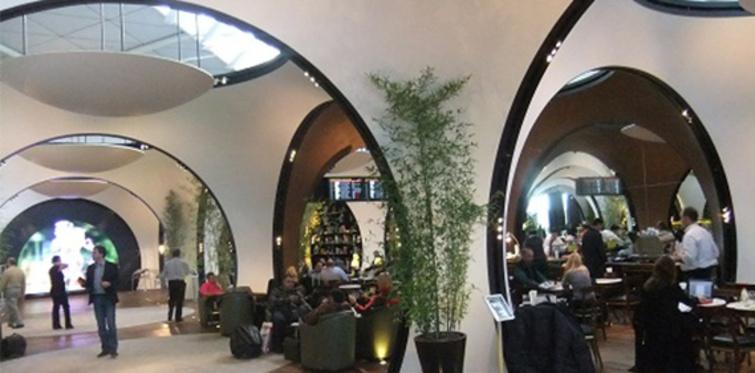Atatürk Havalimanı dış hatlara lüks cip salonu