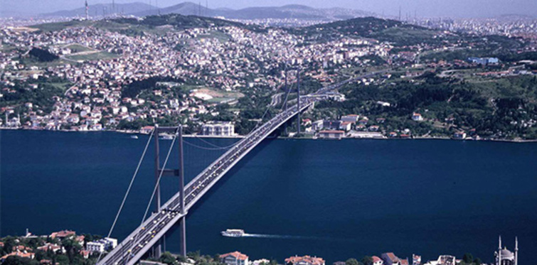 Ulaşım projeleri İstanbul'da fiyatları yüzde 30 artırdı