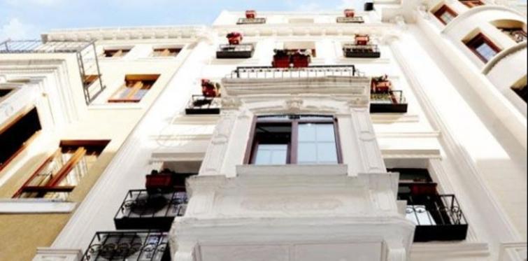 Taksim House Otel misafirlerini bekliyor