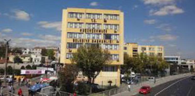 Küçükçekmece Belediye binası kentsel dönüşüm çerçevesinde yıkılıyor!
