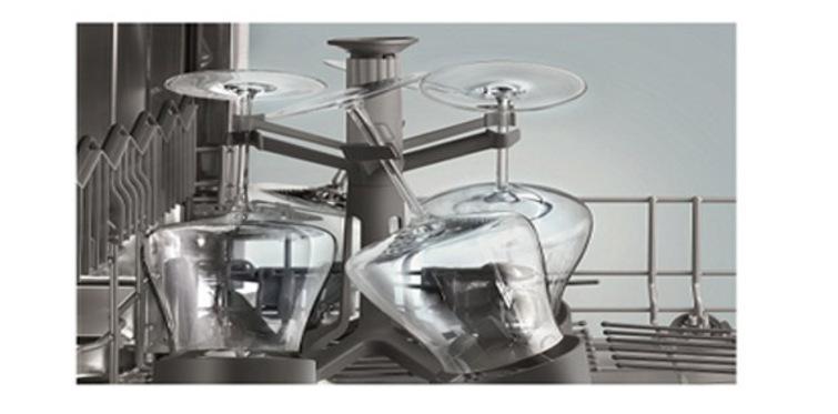 Siemens kadeh tutucu ile hassas yıkama sağlıyor