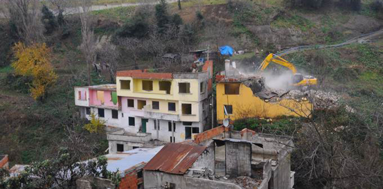 Tabakhane'de 338 bina yıkıldı