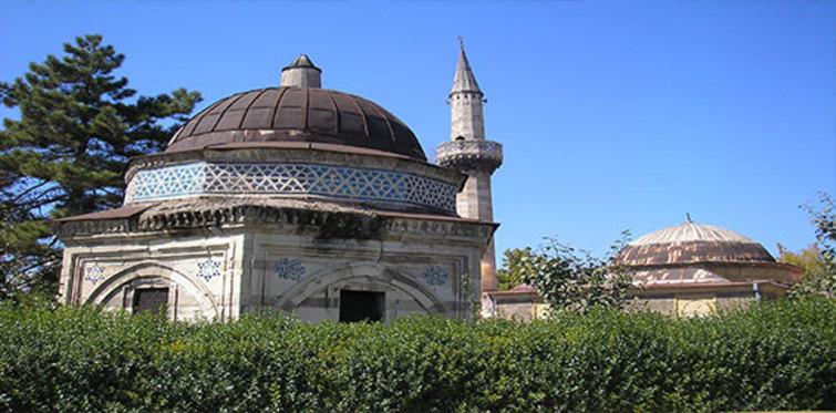 İstanbul Türbeleri Nerede?