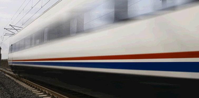 Hızlı tren indirimlerle geliyor