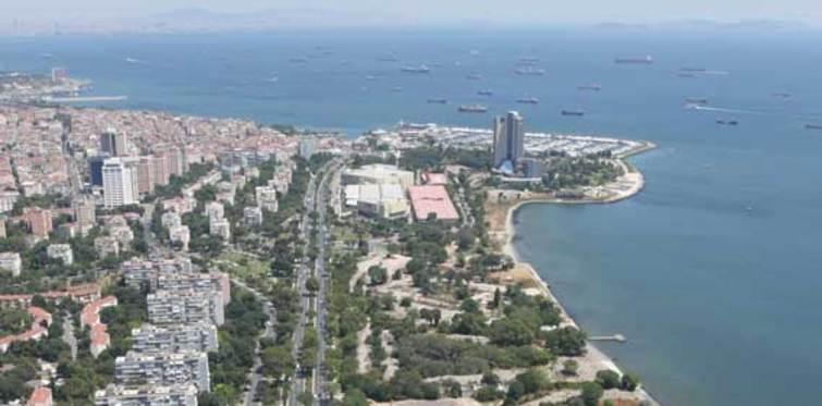 Ataköy'ün duran inşaatları