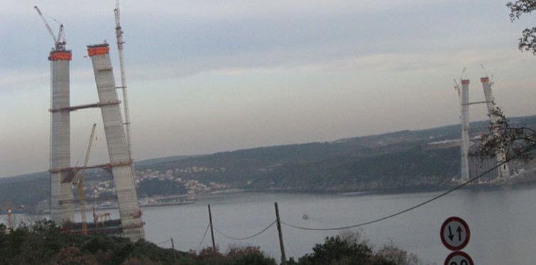Köprü kuleleri 200 metreye yaklaştı