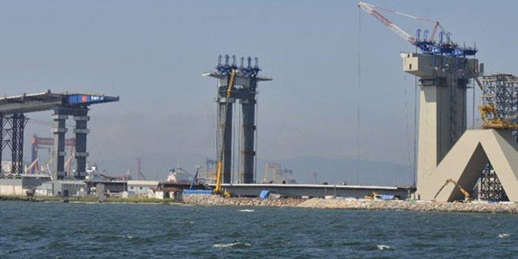 İzmit Geçiş Köprüsü'nün kuleleri tamamlandı