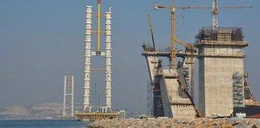 Yüksek hızlı gemiler, Körfez Köprüsü inşaatına zarar verdi mi?