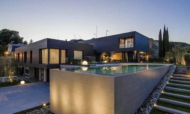 Arda Turan'ın Barcelona'daki evi