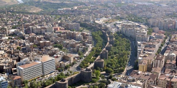 TOKİ'den Diyarbakır'a 596 konut geliyor!