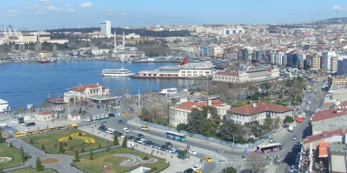 Kadıköy'e cami: Dini hizmet mi, siyasi simge mi?