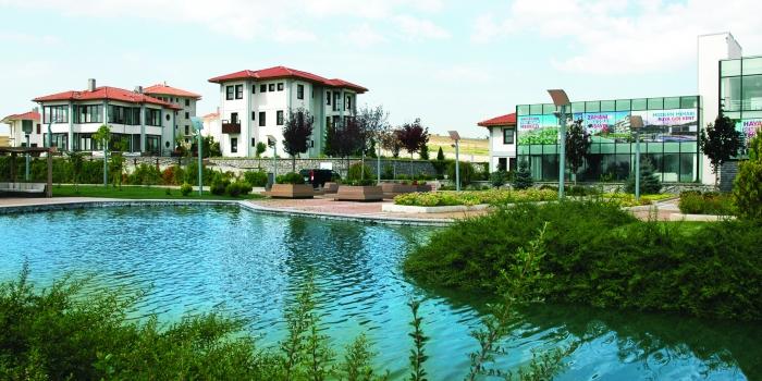 Golfkent birinci etabının son daireleri müzayedeyle satılıyor