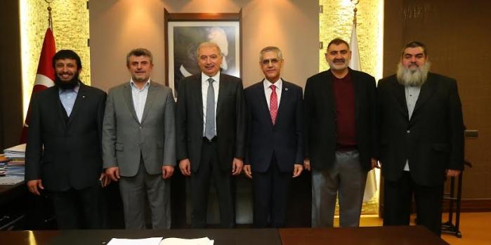 Başakşehir'in dev projesi için imzalar atıldı