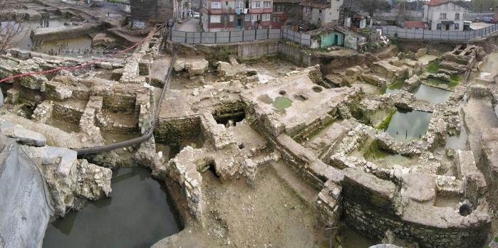 Üç beş çanak çömlek dediler, sekiz bin yıllık geçmiş çıktı