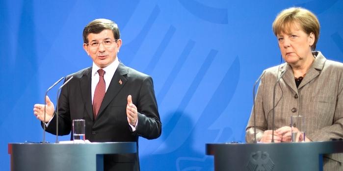 Avrupa'dan Türkiye'ye göçmen ödeneğine inşaat şartı