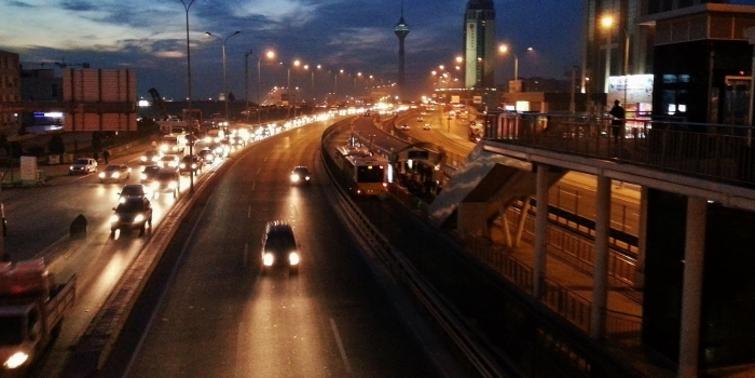 İstanbul'da gece çalışan İETT hatları